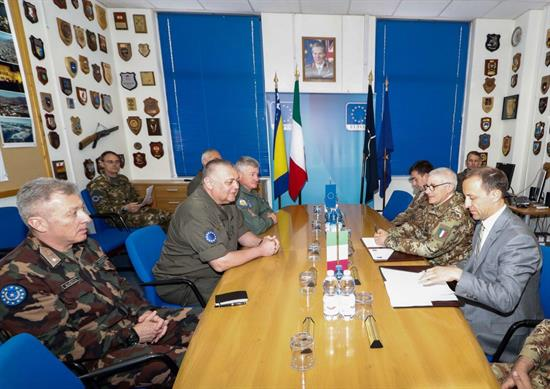KFOR | KFOR COMMANDER VISITS EUFOR BiH HEADQUARTERS
